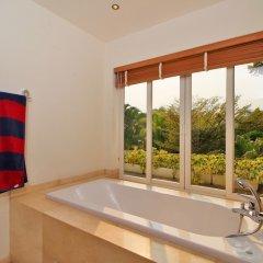Отель Pattaya Sunset Villa 4 Bedroom Sleeps 8 ванная фото 2