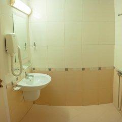 Отель Shipka Beach Болгария, Солнечный берег - отзывы, цены и фото номеров - забронировать отель Shipka Beach онлайн ванная