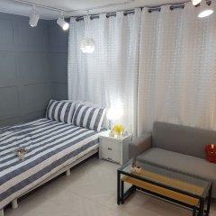 Отель Hongdae Guesthouse комната для гостей фото 2
