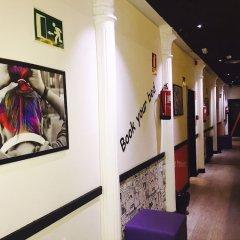 Отель Hostels MeetingPoint Испания, Мадрид - отзывы, цены и фото номеров - забронировать отель Hostels MeetingPoint онлайн интерьер отеля