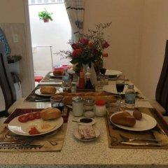 Отель Tulip Xanh Homeaway Далат питание