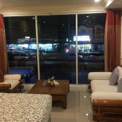 Отель Phuket Airport Suites & Lounge Bar - Club 96 Таиланд, Пхукет - отзывы, цены и фото номеров - забронировать отель Phuket Airport Suites & Lounge Bar - Club 96 онлайн гостиничный бар