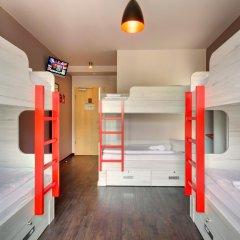 MEININGER Hotel Berlin Alexanderplatz 2* Кровать в общем номере с двухъярусной кроватью фото 2