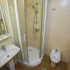 Гостиница Москва 4* Стандартный номер с 2 отдельными кроватями фото 8