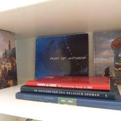 Отель Fuths Loft Penthouse 85 Бельгия, Антверпен - отзывы, цены и фото номеров - забронировать отель Fuths Loft Penthouse 85 онлайн интерьер отеля фото 2