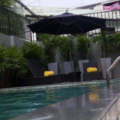 Отель iSanook Таиланд, Бангкок - 3 отзыва об отеле, цены и фото номеров - забронировать отель iSanook онлайн бассейн фото 2