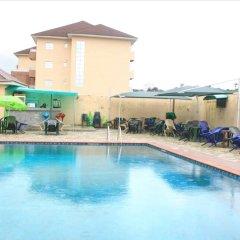 Отель Princeville Hotels Нигерия, Калабар - отзывы, цены и фото номеров - забронировать отель Princeville Hotels онлайн бассейн