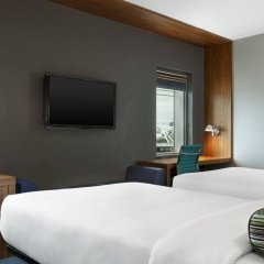 Отель Aloft London Excel Великобритания, Лондон - отзывы, цены и фото номеров - забронировать отель Aloft London Excel онлайн комната для гостей фото 2