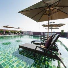Отель Casa Nithra Bangkok Бангкок бассейн