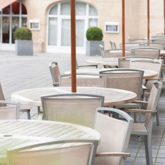 Отель Novotel Brussels Off Grand Place Бельгия, Брюссель - 4 отзыва об отеле, цены и фото номеров - забронировать отель Novotel Brussels Off Grand Place онлайн бассейн фото 3