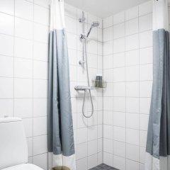 Отель Linneplatsens Hotell & Vandrarhem Гётеборг ванная фото 2