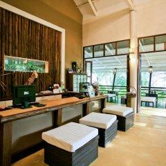 Отель Tanaosri Resort интерьер отеля