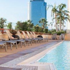 Отель InterContinental Los Angeles Century City at Beverly Hills США, Лос-Анджелес - отзывы, цены и фото номеров - забронировать отель InterContinental Los Angeles Century City at Beverly Hills онлайн бассейн