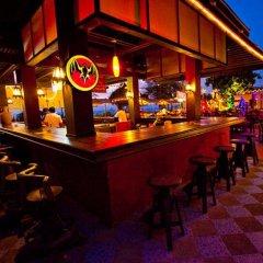Phuket Island View Hotel гостиничный бар
