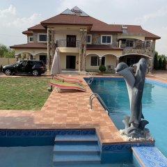 Отель Royal Kamak Hotel Гана, Тема - отзывы, цены и фото номеров - забронировать отель Royal Kamak Hotel онлайн бассейн фото 3