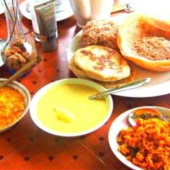 Отель Chaya Villa Guest House Шри-Ланка, Берувела - отзывы, цены и фото номеров - забронировать отель Chaya Villa Guest House онлайн питание фото 3