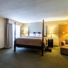 Отель Clarion Inn and Summit Center комната для гостей