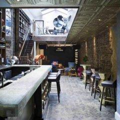 Отель Library Private Members Club Лондон гостиничный бар
