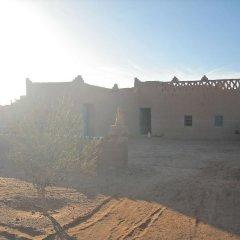Отель Dar el Khamlia Марокко, Мерзуга - отзывы, цены и фото номеров - забронировать отель Dar el Khamlia онлайн парковка