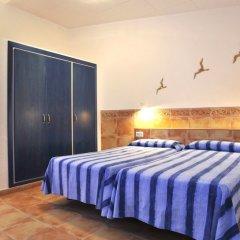 Отель Apartaments el Berganti Испания, Курорт Росес - отзывы, цены и фото номеров - забронировать отель Apartaments el Berganti онлайн комната для гостей фото 5