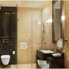 Отель Crowne Plaza New Delhi Mayur Vihar Noida ванная фото 2