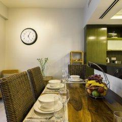 Отель Maison Privee - The Lofts в номере