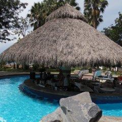 El Tapatio Hotel And Resort бассейн