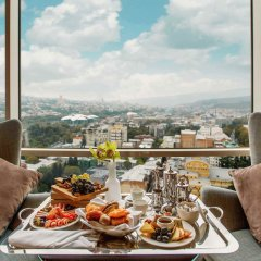 Отель The Biltmore Tbilisi в номере