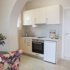 Апартаменты Brentanos Apartments ~ A ~ View of Paradise в номере