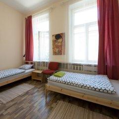 Хостел 25 Hours Вильнюс комната для гостей фото 4