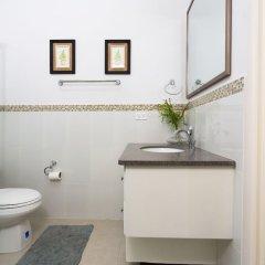 Отель Kingston Luxury Guest Apt at Sullivan ванная
