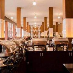 Отель Kata Garden Resort гостиничный бар