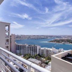 Отель Pure Luxury Apartment With Pool Мальта, Слима - отзывы, цены и фото номеров - забронировать отель Pure Luxury Apartment With Pool онлайн балкон