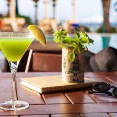 Possidi Holidays Resort & Suite Hotel гостиничный бар
