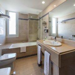 Отель NH Córdoba Guadalquivir Испания, Кордова - 2 отзыва об отеле, цены и фото номеров - забронировать отель NH Córdoba Guadalquivir онлайн ванная фото 2