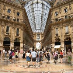 Отель Perfect Stay In The Heart Of Milan Милан фото 3