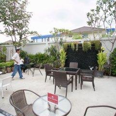 Отель D-Well Residence Don Muang Бангкок пляж