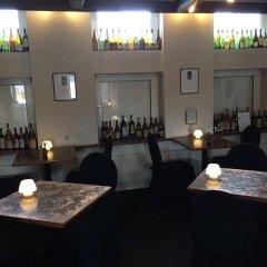 Отель Malling Kro Дания, Орхус - отзывы, цены и фото номеров - забронировать отель Malling Kro онлайн гостиничный бар