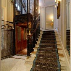 Отель Hôtel Bradford Elysées - Astotel Франция, Париж - 3 отзыва об отеле, цены и фото номеров - забронировать отель Hôtel Bradford Elysées - Astotel онлайн интерьер отеля фото 2