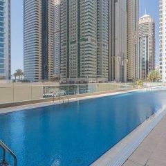 Отель Piks Key - Dubai Marina Heights бассейн