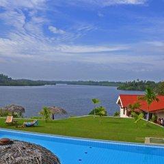 Отель Kalla Bongo Lake Resort Шри-Ланка, Хиккадува - отзывы, цены и фото номеров - забронировать отель Kalla Bongo Lake Resort онлайн бассейн
