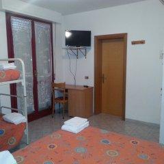 Отель Marylise Италия, Римини - 1 отзыв об отеле, цены и фото номеров - забронировать отель Marylise онлайн комната для гостей фото 2