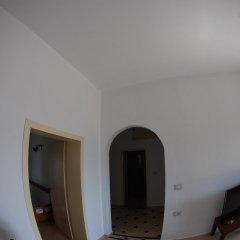 Отель Natural Holiday Houses Албания, Ксамил - отзывы, цены и фото номеров - забронировать отель Natural Holiday Houses онлайн интерьер отеля