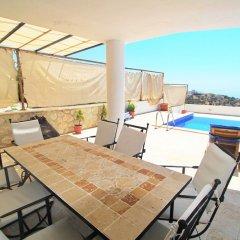 Villa Sea View by Villa Buketi Турция, Калкан - отзывы, цены и фото номеров - забронировать отель Villa Sea View by Villa Buketi онлайн балкон