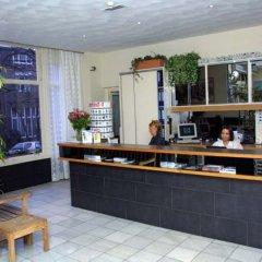 Отель Max Brown Musuem Square питание