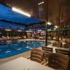Grand Ruya Hotel Турция, Чешме - 1 отзыв об отеле, цены и фото номеров - забронировать отель Grand Ruya Hotel онлайн бассейн фото 3