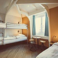 Отель Tourist Inn Budget Hotel - Hostel Нидерланды, Амстердам - 1 отзыв об отеле, цены и фото номеров - забронировать отель Tourist Inn Budget Hotel - Hostel онлайн детские мероприятия фото 5