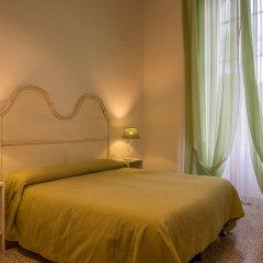 Отель Residenza DEpoca Al Numero 8 Италия, Флоренция - отзывы, цены и фото номеров - забронировать отель Residenza DEpoca Al Numero 8 онлайн комната для гостей фото 3