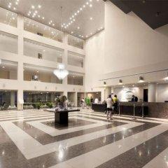 Отель Capital Coast Resort & Spa интерьер отеля фото 3