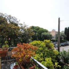 Отель Estienne D'Orves балкон